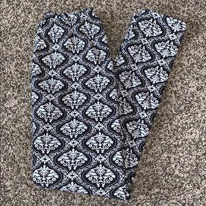 New Mix Womans Warm Fuzzy Leggings O/S